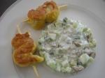 Tartare de concombre brochettes de poulet au curry