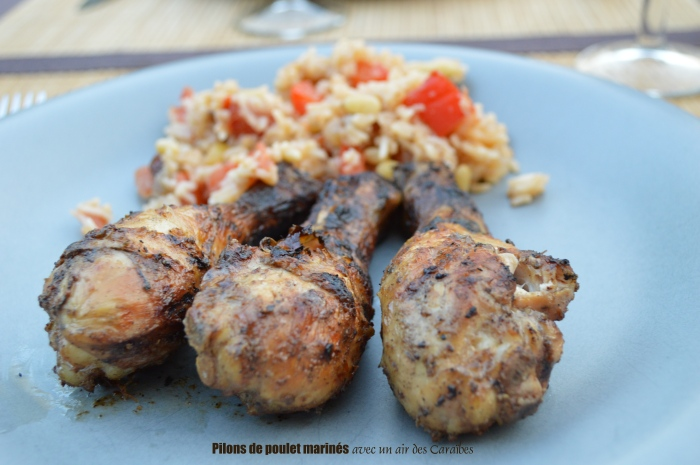 Pilons de poulet marinés avec un air des Caraïbes