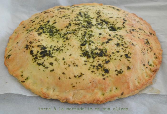 Torta à la mortadelle et aux olives