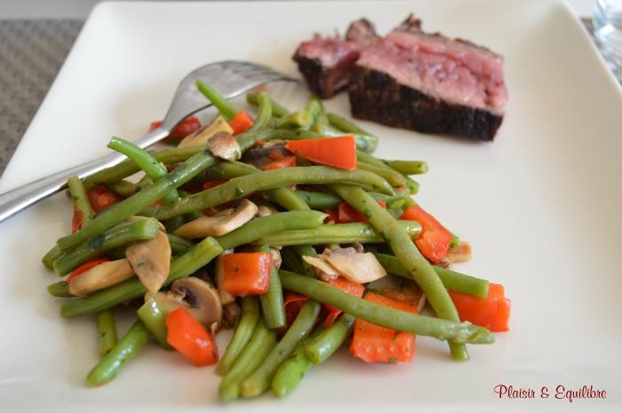 Poêlée de haricots verts, poivron et champignons