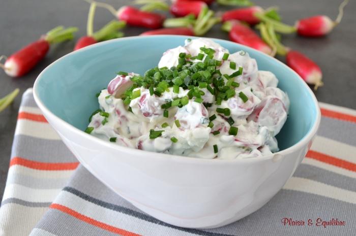 Salade de radis au chèvre et à la ciboulette
