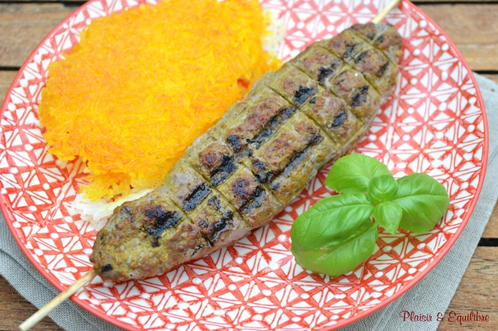 Brochettes de bœuf à l'iranienne -Chelo kebab koobideh-