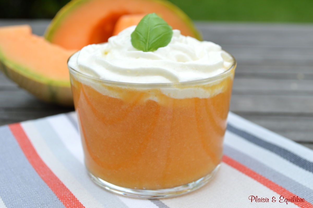 Gaspacho de melon et chantilly au chèvre
