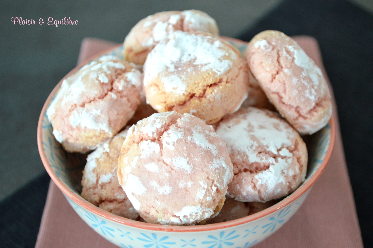 Macarons roses pour Octobre Rose